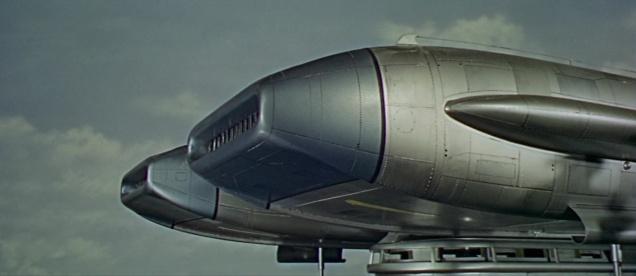 Thunderbird600194