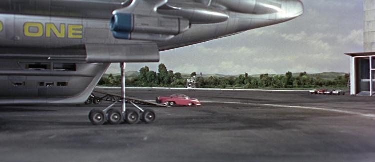 Thunderbird600894.jpg